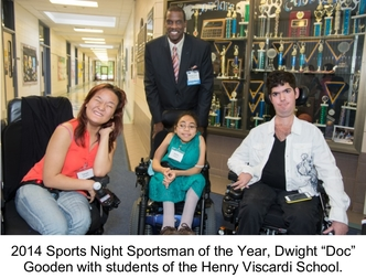 """2014 Sports Night Sportsman of the Year, Dwight """"Doc"""" Gooden with students of the Henry Viscardi School."""